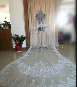Voyants de mariée de mariage de luxe de luxe chauds chauds trois mètres de long voiles dentelle applique cristaux deux couches cathédrale longueur de mariée pas cher
