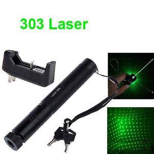 303 Green Laser Pointer Pen 532nm 5mw Messa a fuoco regolabile Batteria + Caricabatterie US Adapter Set Spedizione gratuita