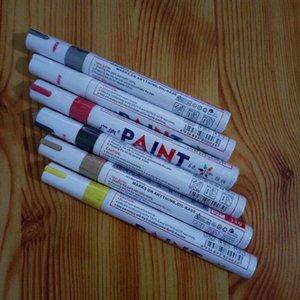 Красочная водонепроницаемая ручка Car Tire Tire Tread CD Металлическая перманентная краска для маркеров Граффити Жирная маркерная ручка