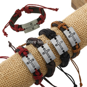 Kreuzarmbänder Geben Sie Schiff Justierbare reale Kuhlederarmbänder graviertes Quadratkreuzarmband-Armbandschmucksachegroßverkauf frei