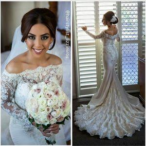 2016 robes de mariée en dentelle sirène glamour avec manches longues perles de luxe perles Bateau de mariée robes tribunal train robe de mariée