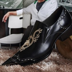 sapato social men kleid schuhe luxus lackleder elegant stickerei business formal oxford schuhe für männer 271.