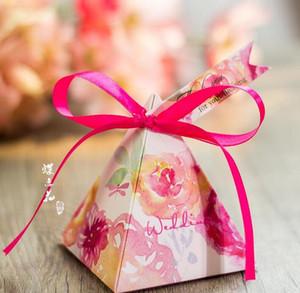 2016 유럽 스타일 낭만적 인 붉은 진주 종이 삼각형 피라미드 웨딩 박스 사탕 상자 선물 상자 결혼 아기 생일 호의 상자 THZ152