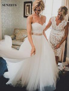 Robes de mariée une ligne sweetheart dentelle corsage gonflé tulle robes de mariée pays robes de mariée avec ceinture de champagne