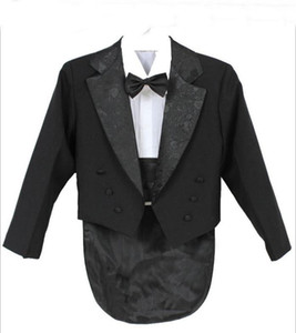 Elegante Bambino Boy Wedding Suit / Boys 'Tuxedo / Boy Blazers / Gentlemen Boys Suits per matrimoni (giacca + pantaloni + cravatta + cintura + camicia)