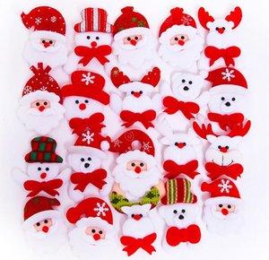 Cartoon Babbo Natale LED Lampeggiante incandescente Spilla Pins Bambini Bambini Light Up Badge Giocattoli regalo Glow per feste di Natale