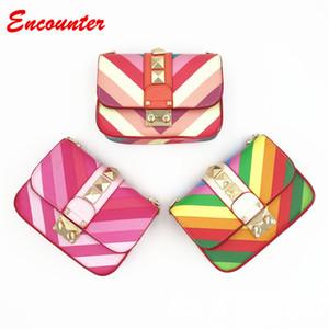 Encontro Crianças Pequenas Bolsas de Ombro para Compras Moda Infantil PU Bolsa De Couro Mensageiro Meninas Rainbow sylish bolsa bebê crianças sacos EN015