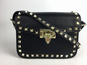 2018 новая мода сумка Сумка Леди сумка Золотая заклепка дата знакомства Черный День Святого Валентина сумки маленькая сумка