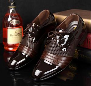 CALDO!!! Scarpe da uomo grandi dimensioni USA 6.5-11 Scarpe piatte Scarpe da lavoro di lusso da uomo Oxford Scarpe casual Scarpe derby in pelle nera / marrone