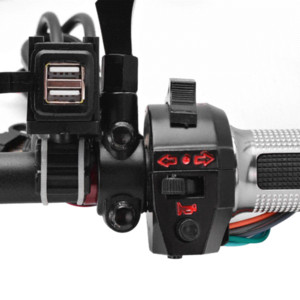 Caricabatteria da auto impermeabile per moto 12V 12V 2.1A Dual USB Port Power per Harley Ducati Buell Victory