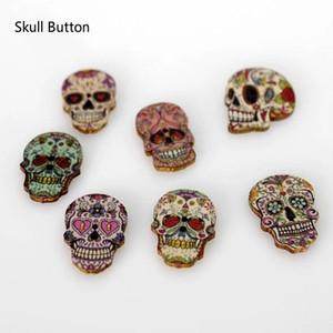 WB-22 vente en gros mixte aléatoire 2 trous crâne forme bois bouton en bois pour couture artisanat pack de 100 boutons woodden peints