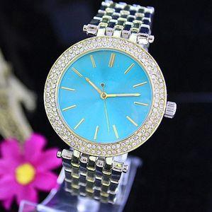 Quartz de la mode de luxe montre décontractée Double rangée de luxe cristal diamant moderne élégant costume majeur des femmes montre usine en gros livraison gratuite