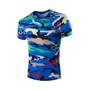 2018 modèles d'explosion tourisme d'été pour hommes Camouflage autour du cou T-shirt hommes cultivant la marée Hommes tempérament couleur camouflage T-shirt