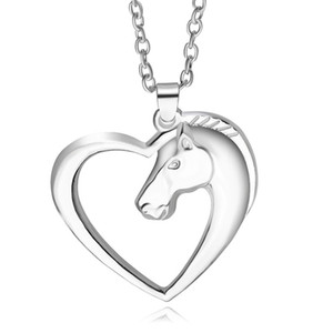2018 día del padre Plateado blanco K Caballo en corazón moda nueva joyería collar colgante collar para las mujeres niña mamá regalos ZJ-0903672