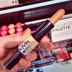 NYX Highlight and Contour Wonder Stick Concealer 화장품 브랜드 New in box NYX 메이크업