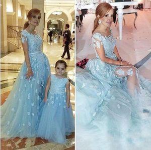 2017 menta madre e figlia flower girls abiti per matrimoni gioiello collo pizzo appliques perline tulle lungo compleanno bambini agazzinata abiti