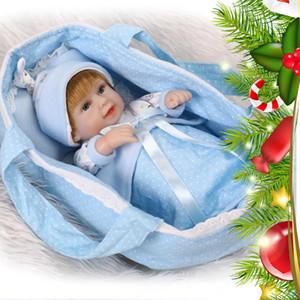 Silicone de corpo inteiro impermeável macio reborn bebê bebê boneca 28cm lifelike bebê brinquedo com pano berço azul