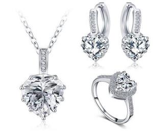 El más nuevo regalo de Navidad Joyería de Las Mujeres Set Platino Placa Collar / Pendiente / Anillo Parure Bijoux Femme Boda corazón de cristal conjunto de joyas CST0033