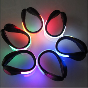 Scarpe Bike Cycling LED mette le scarpe a LED plastica polso segnale di sicurezza della clip 5 clip di infiammabilità luminosi Luce scarpe di sicurezza esterni B001