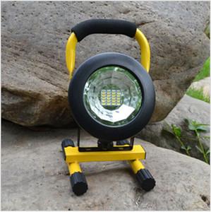 Super brillante Impermeable IP65 SMD3528 24LED 3models 30W LED Luz de inundación SpotLights portátil Luz LED de emergencia recargable al aire libre del trabajo
