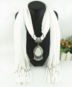 Più nuovo a buon mercato Moda Lady Scarf diretto Fabbrica di strass Goccia ciondola il ciondolo Sciarpa Collana Sciarpa invernale donne fazzoletto da collo