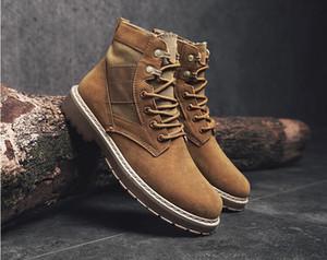 2017.Inverno Novo padrão. Sapatos ao ar livre. Botas militares. Estilo britânico. Sapatos masculinos. Botas de Martin. Roupas de trabalho, botas de homem.