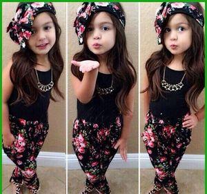 Estilo de moda venda quente meninas preto t-shirt de manga curta floral calças com flor heascraf três peças meninas ternos de roupas