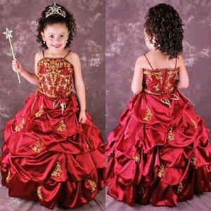 Carino rosso una linea ricamo fiore ragazze abiti volant raccogliere appliques a figura intera abiti da festa per ragazze abiti da spettacolo BO8996