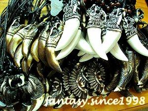 Venta al por mayor a granel lotes 120 unids estilos mezclados de alta calidad de los hombres de moda de joyería de resina de resina colgantes de cadena de la cuerda collares