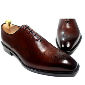 Zapatos de vestir para hombre Zapatos Oxfords Zapatos hechos a mano personalizados Zapatos de cuero de becerro genuino con punta de ala brogue Color Marrón oscuro HD-253