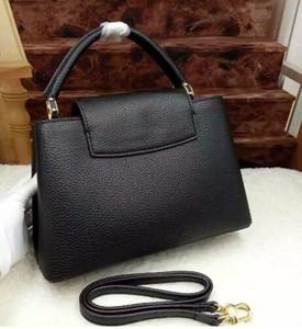 2016 neueste stil Handtasche kleine umhängetasche CAPUCINES BB Bag name Markenname Geldbörse 100% Echtes Leder Handtasche Aus Echtem Leder Tasche