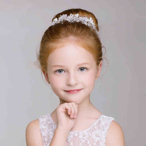 Absolutamente magníficos Flower Head Head Pieces Crystal Accesorios para niños Bodas Pearl Girls Ropa formal En stock