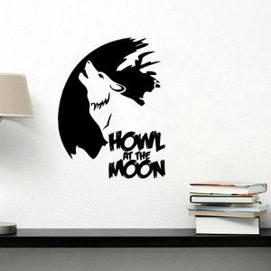 Uivo Lobo preto na Lua Mão Caligrafia Adesivos de Parede A Nova Lua Legend Decalques de Parede DIY Decoração de Casa Papel De Parede Art Mural Mural Cartaz