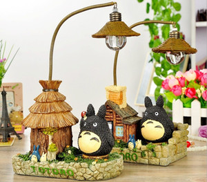 Cartoon Cat Nightlight Lámpara de resina Totoro House Model Lámpara de mesa adornos creativos Decoración del hogar luminaria de mesa Lámpara de escritorio