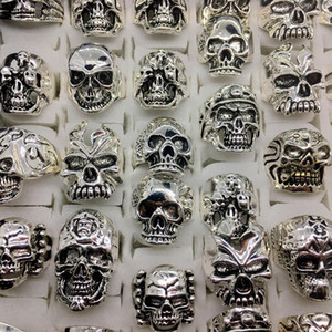 Venta al por mayor Lots Top 50pcs Vintage Skull Carved Biker Men's Silver Plated Rings jewelry All Big Size