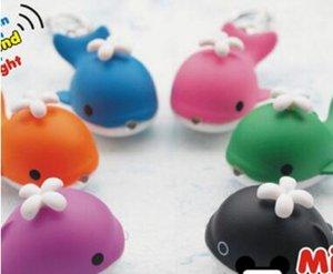 Promoción mejor regalo DHL / Fedex envío gratis Animal Cartoon ZOO Whale LED linterna llavero llavero con sonido juguetes regalo de los niños