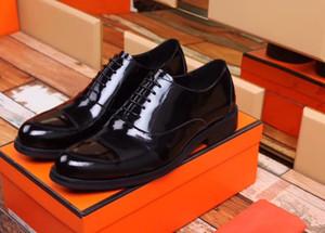 8050 Zapatos de cuero Zapatos de vestir para hombres Zapatos de boda con punta de negocios con cordones Punta de goma Suela transpirable Zapato masculino