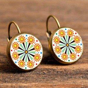 18 * 18mm Bijoux de ton argent Vintage Boucles d'oreilles Mandala Henna Boucles d'oreilles pour les femmes Le symbole d'OM Bouddhisme Zen Online Shopping Inde