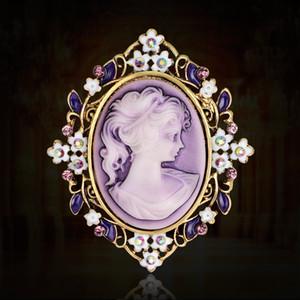Vintage Beauty Queen Cameo Broche Pins pour les femmes écharpe élégante boucle strass Violet fleur de cristal Broche cadeau de Noël Châle Bijoux