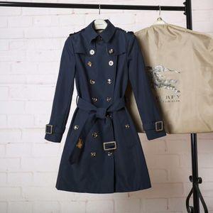 Warhorse popular logo Sandringham gabarten algodón impermeable de mediana longitud abrigo para damas