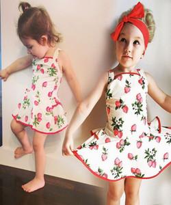 Robe bébé filles princesse robe été enfants fraise imprimé paletot Falbala robe enfants robe de jarretelles coton robe bébé écharpe