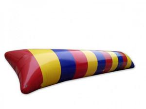 L'eau de saut gonflable de goutte d'eau de 8 * 3m joue le trampoline gonflable d'Aqua de sac sautant de blob d'eau