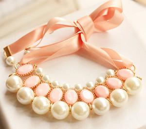 Дамы Bib Колье Украшение Жемчужного ожерелья Дама Pearl кисточка Choker Заявление ожерелье Подарок Бижутерия для женщин Рождественского подарка