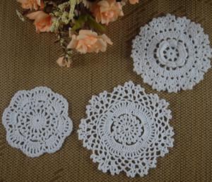 Crocheted Doilies Placemat para o Casamento Crochet applique decoração 8-13 cm Branco Tablecloth tapetes Vintage Coaster Pads Disco Copo Mat 30 PCS aa3h32