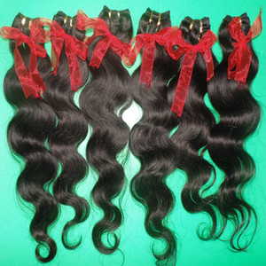 Neueste Fast Body Human Wave Shipping Extensions Haarglückliches Preis Brasilianisches Haar 7pcs / lot Frisuren Verarbeitete FEFTS Oilmc