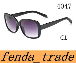 Marka Yüksek Kalite Güneş Kadınlar Güneş gözlükleri Tasarımcı Güneş Gözlüğü UV400 Kare çerçeve Elmas güneş gözlüğü 4047 Lider moda trendi ADEDI = 10