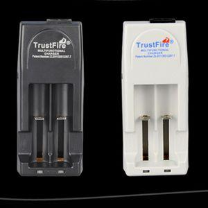배터리 충전기 EU 미국 플러그 멀티 기능 충전기 블랙 화이트 원래 신뢰 화재 충전기 무료 배송 DHL