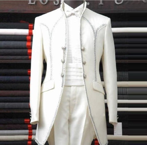 2018 White Man Suits Shawl Lapel Three Button Bow Tie Groomsman Tuxedos Men Wedding Suits Beautiful groom suit