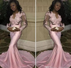 2017 Couple Fashion Black Girls Sheer Maniche lunghe Prom Dresses Modern Mermaid Appliqued Pink Evening Party Gowns Treno elasticizzato