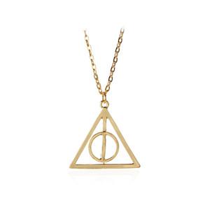 هاري لونا الأقداس المهلكة قلادة قلادة الفيلم الأزياء سلسلة مثلث قلادة طويلة